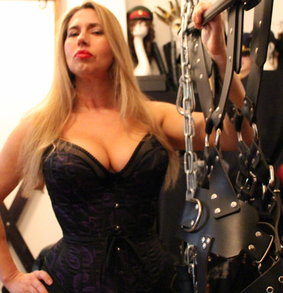 Best-Bondage-femdom-spanking-caning-London-Mistress-Kings-Cross-Central-London